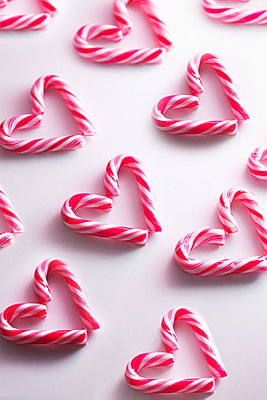 Candy canes - p1149m2126929 by Yvonne Röder