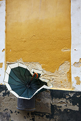 Side street - p415m1149757 by Tanja Luther