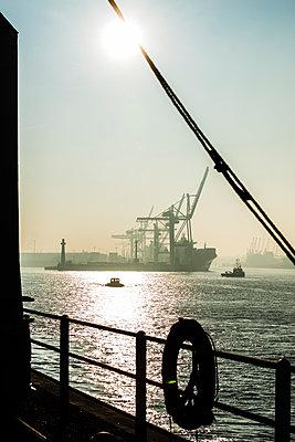 Hafenblick - p488m1444374 von Bias