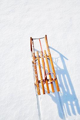 Schlittenfahrt - p464m1550352 von Elektrons 08