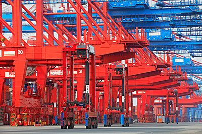 Containerterminal Bremerhaven - p1099m882909 von Sabine Vielmo