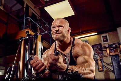 Bodybuilding - p1200m1159342 von Carsten Görling