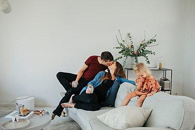 Family together - p312m2139045 by Anna Rostršm