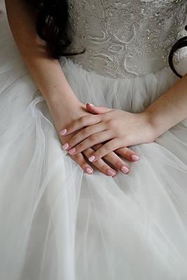 Bride in a wedding dress - p1363m2013507 by Valery Skurydin