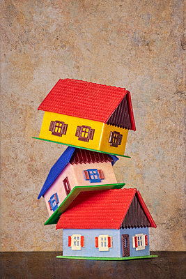 Three houses - p1684m2280979 by Klaus Ohlenschlaeger
