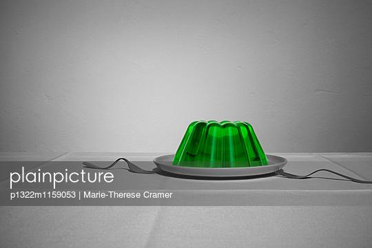 Ein Wackelpudding mit zwei Gabeln - p1322m1159053 von Marie-Therese Cramer