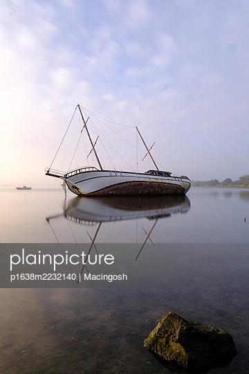 p1638m2232140 by Macingosh