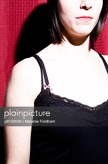 Rot-schwarz - p8120039 von Melanie Fordham