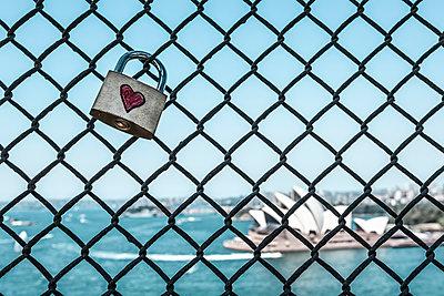Love padlock on Sydney harbour Bridge, Sydney, New South Wales, Australia - p429m930374f by Dan Brownsword
