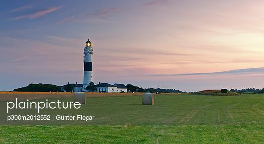 Germany, North Frisia, Sylt, Kampen lighthouse - p300m2012552 von Günter Flegar