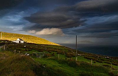 Ireland, Ballinskelligs Bay - p910m2209856 by Philippe Lesprit