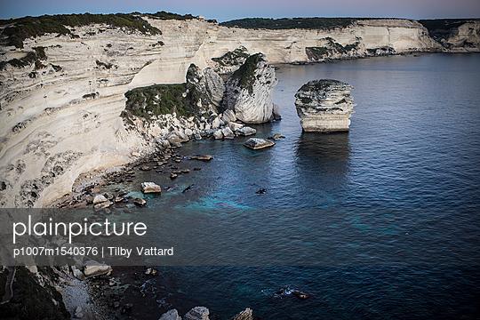 Clifs of Bonifacio - p1007m1540376 by Tilby Vattard