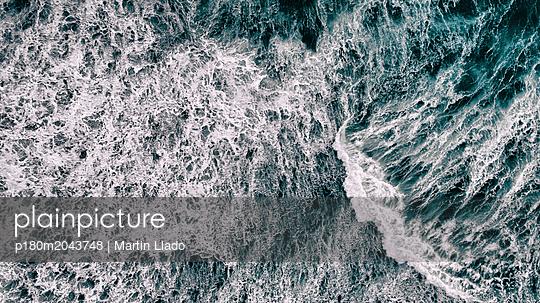 The Rough Icelandic Sea - p180m2043748 by Martin Llado