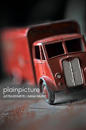 p378m2034878 von Adrian Muttitt