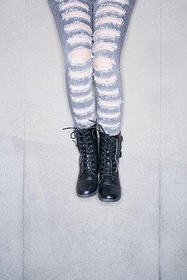 Ripped Jeans  - p1335m1193721 by Daniel Cullen