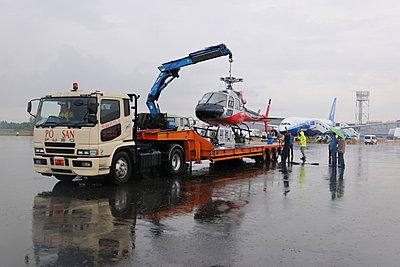 p1048m812822 von Aviation