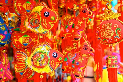 Chinese New Year decorations, Hong Kong, China - p871m2019716 by Neil Farrin photography