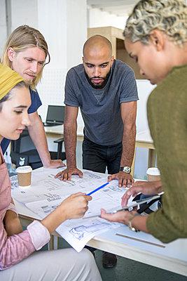 junge Leute Business/ Start up /Entwickler - p1156m1572857 von miep