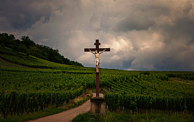 Jesus - p1088m902206 by Martin Benner