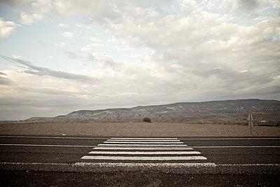 Zebrastreifen in der Wildnis, Kappadokien, Türkei - p586m1010472 von Kniel Synnatzschke