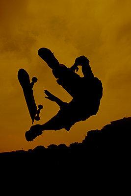 Skateboarder - p1028m1586825 by Jean Marmeisse