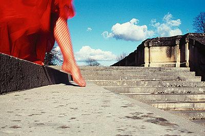 Vorsichtige Schritte - p6110009 von Laurence Ladougne