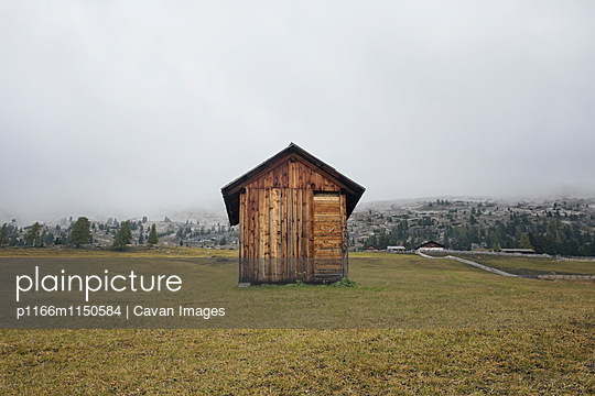 p1166m1150584 von Cavan Images