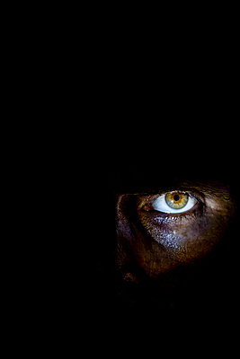 Eye in the dark - p1057m2141785 by Stephen Shepherd