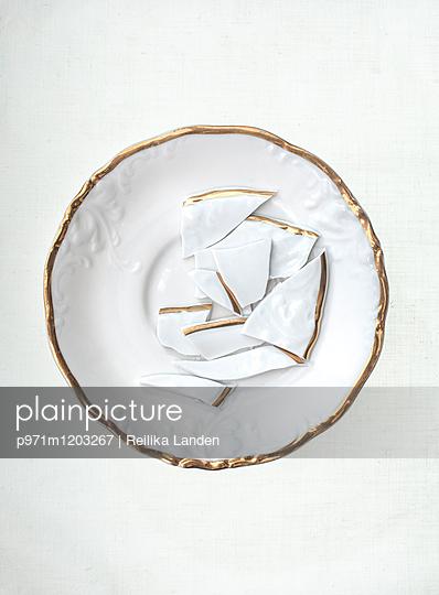 Dishes - p971m1203267 by Reilika Landen