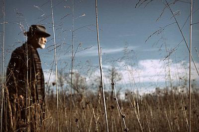 Farmer - p1019m753072 von Stephen Carroll