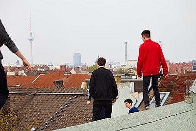 Auf den Dächern - p551m1030405 von kaipeterstakespictures