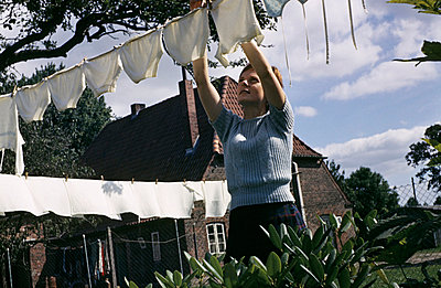 Housewife - p2490179 by Ute Mans