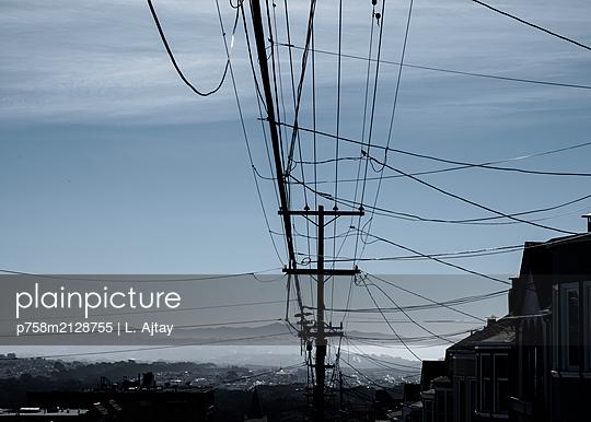 Stromleitung in San Francisco - p758m2128755 von L. Ajtay