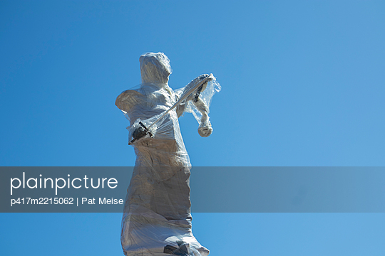 Justitia - p417m2215062 by Pat Meise