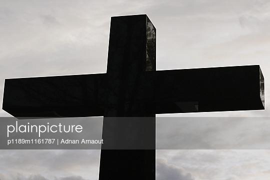 Kreuz - p1189m1161787 von Adnan Arnaout