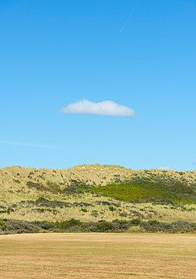 cloud above the dunes - p1132m1486459 by Mischa Keijser