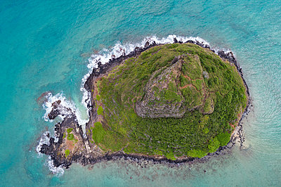 Aerial view of beautiful island - p1315m2014234 by Wavebreak