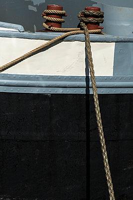 Ropes - p223m940712 by Thomas Callsen