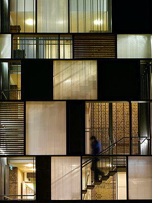 Siobhan Davies Dance Studios, London, 2006. View of staircase through panelling on south elevation. - p8550493 by Richard Bryant