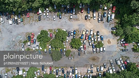 Parking area - p1292m2210227 by Niels Schubert