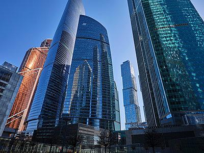Russland, Hochhäuser in Moskau  - p390m2287817 von Frank Herfort