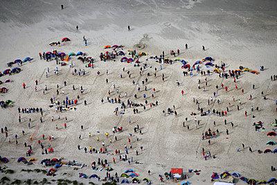 Beachvolleyball - p1016m755494 von Jochen Knobloch