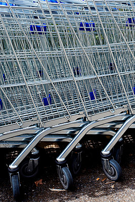 Shopping trolley - p4450854 by Marie Docher