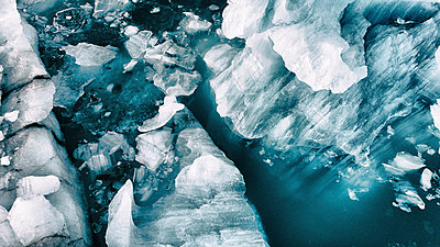 Icelandic icebergs from above - p180m2038598 by Martin Llado