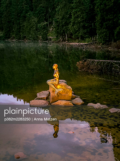 The mermaid in the Mummelsee - p382m2283250 by Anna Matzen