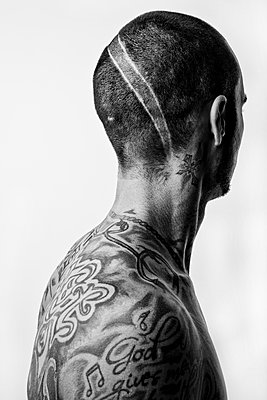 Man with tattoos - p1221m1115973 by Frank Lothar Lange