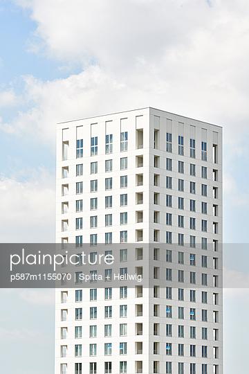 Büroturm in Antwerpen - p587m1155070 von Spitta + Hellwig