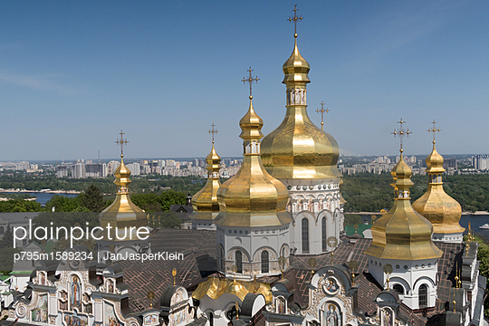 Kiev Pechersk Lavra - p795m1589234 by JanJasperKlein