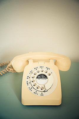 Vintage phone  - p1657m2295009 by Kornelia Rumberg