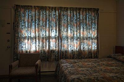 Motel room - p836m1333291 by Benjamin Rondel